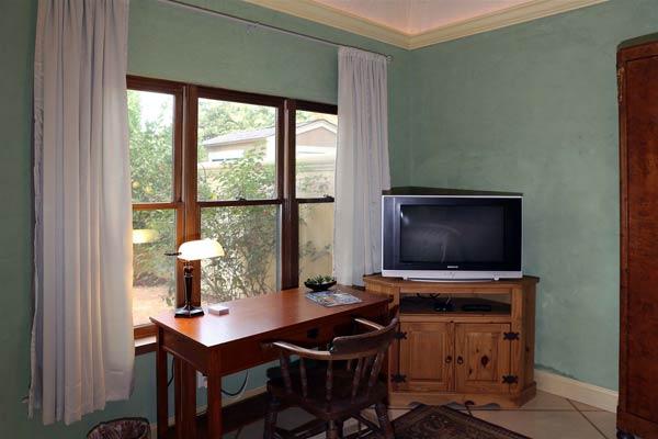 Cypress Rental